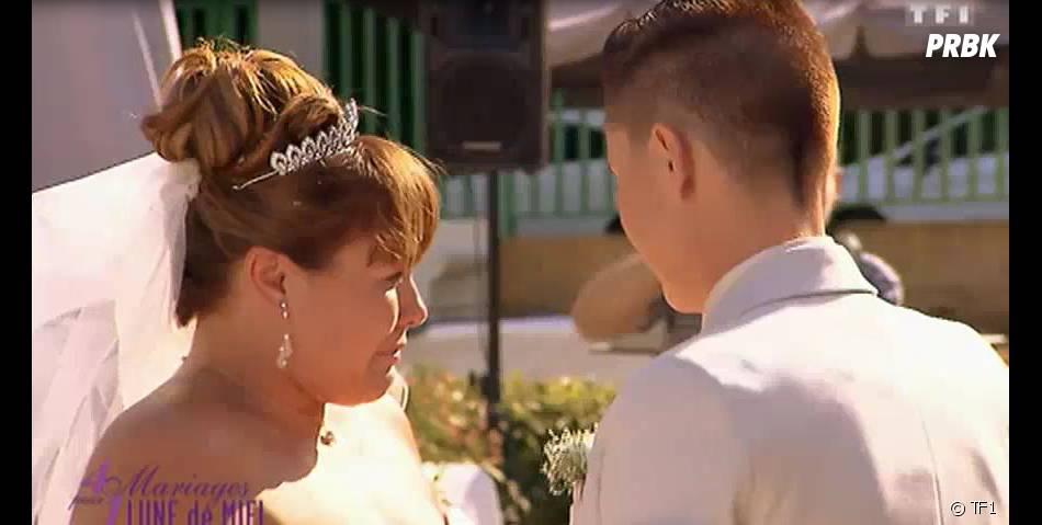 4 mariages pour 1 lune de miel : Chatia s'est mariée avec Virginie dans l'émission de TF1