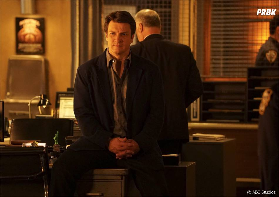 Castle saison 8 : Nathan Fillion sur une photo