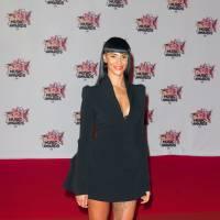 Shy'm décolletée, Black M en couple, Louane sexy... : le tapis rouge des NMA 2015