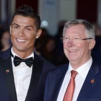 Cristiano Ronaldo : son fils et sa mère le rejoignent sur le tapis rouge de son documentaire
