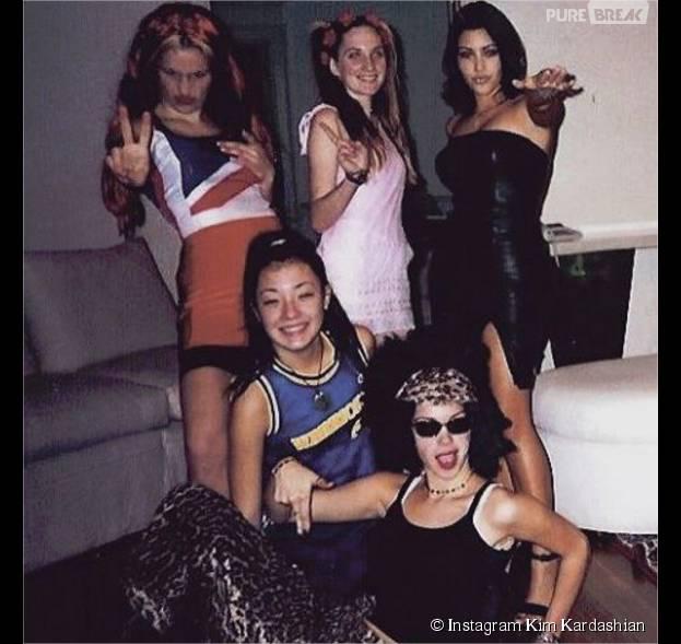 Kim Kardashian se prend pour Victoria Bekham à l'époque des Spice Girls