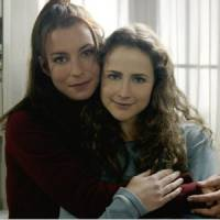 Jennifer Lauret nue dans Une famille formidable : la fille de Julie Lescaut a bien changé