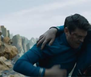 Star Trek Sans limites : Karl Urban et Zachary Quinto dans la bande-annonce