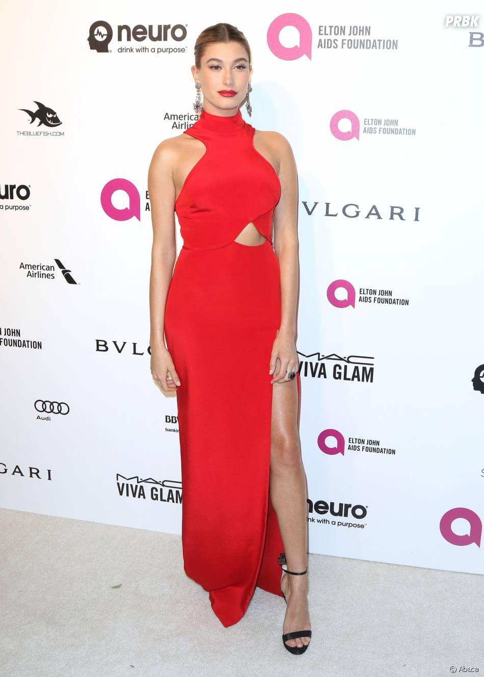 Hailey Baldwin à la soirée organisée par Elton John pour les Oscars le 28 février 2016
