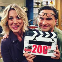Kaley Cuoco et Johnny Galecki (The Big Bang Theory) en couple ? L'actrice répond