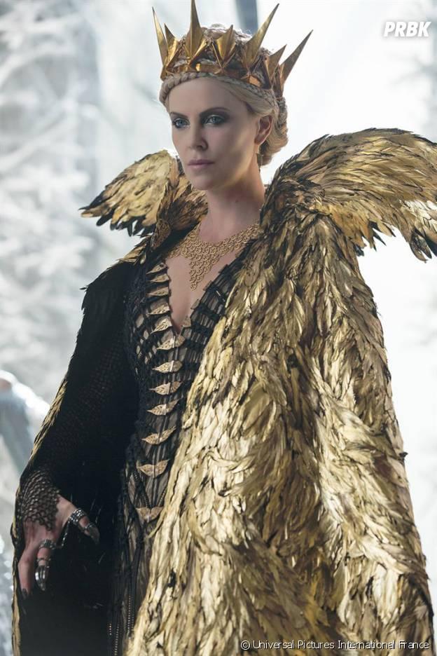 Charlize theron jessica chastain les femmes au pouvoir dans le chasseur et la reine des glaces - Salade reine des glaces ...
