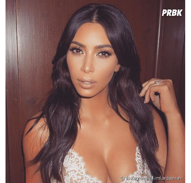 Kim Kardahian dévoile sa photo de couverture nue pour GQ.