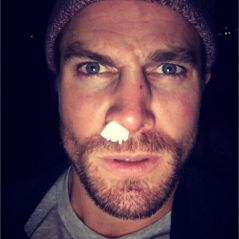 Arrow saison 5 : Stephen Amell blessé sur le tournage lors d'un combat