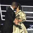 Rihanna a-t-elle mis un vent à Drake lors des MTV VMA ce dimanche 28 août 2016 ?