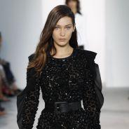 Bella Hadid chute en plein défilé de la Fashion Week : le mannequin réagit avec humour 😜