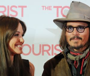Divorce de Brangelina : Angelina Jolie et Johnny Depp se sont rapprochés sur le tournage de Tourist en 2009