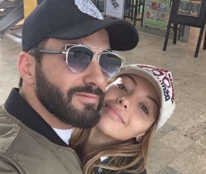 Tarek Benattia à l'hôpital, sa soeur Nabilla Benattia et son beau-frère Thomas Vergara viennent lui rendre visite après son opération.
