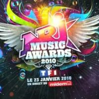 NRJ Music Awards 2010 ... David Hallyday et Laura Smet en duo !!
