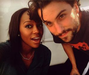 Jack Falahee et Aja Naomi King en couple ? Des photos sèment le but