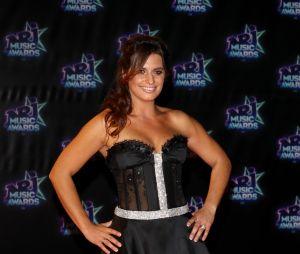 Laetitia Milot très sexy aux NRJ Music Awards 2016