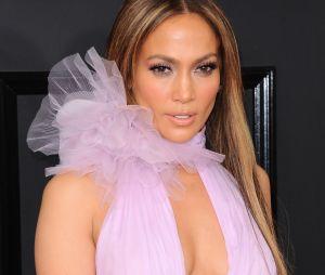 Jennifer Lopez parle enfin de Drake et de leur relation dans le Ellen Show.