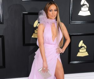Jennifer Lopez se confie enfin sur sa relation avec Drake !