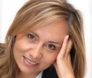 Chasseurs d'appart : qui est Isabelle Miller, la voix off ?