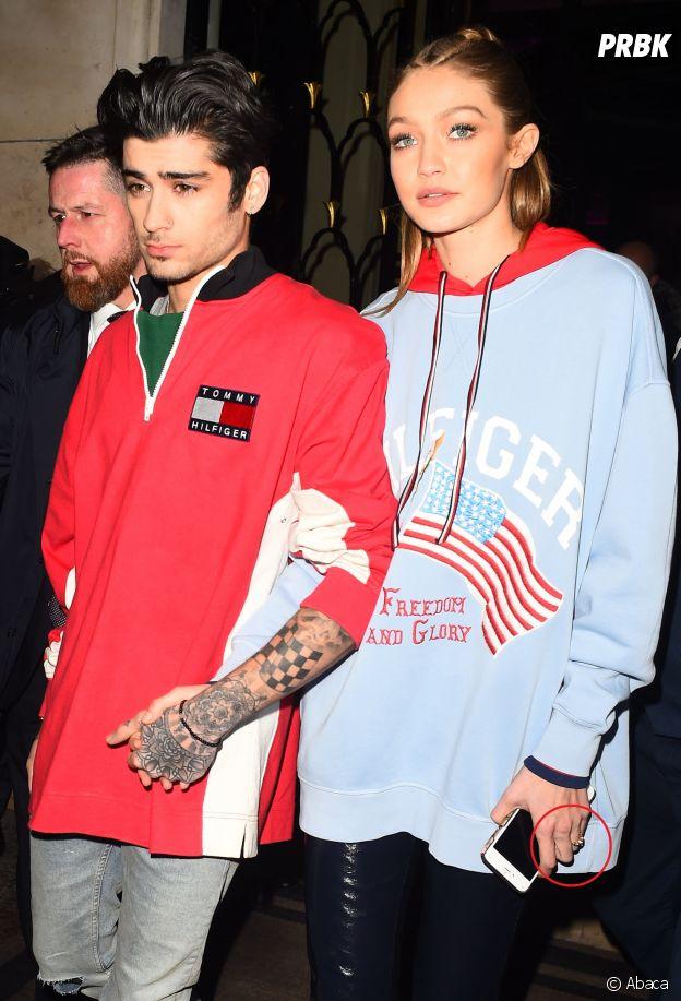 Zayn Malik et Gigi Hadid fiancés ? La soeur de Bella porte une bague à l'annulaire gauche.