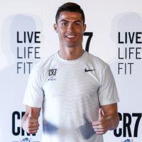 """Cristiano Ronaldo rembourre-t-il ses slips ? Une ex balance sur son """"paquet"""""""