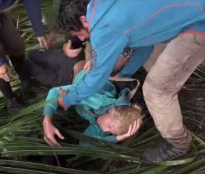 Sandrine (The Island 3) s'étouffe avec un bout de noix de coco, Bruno lui sauve la vie