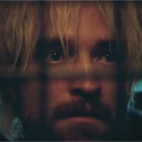 Robert Pattinson transformé dans Good Time : il ne ressemble plus du tout à Edward Cullen !