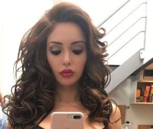 Nabilla Benattia a-t-elle fait une réduction mammaire ? Elle répond !