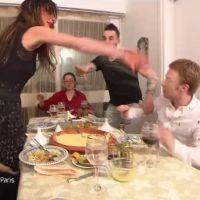 Anthony Lyricos dans Un dîner presque parfait : le clash part en bagarre de bouffe avec Paméla