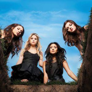 Pretty Little Liars saison 7 : les actrices en froid ? Retour sur les rumeurs de tensions