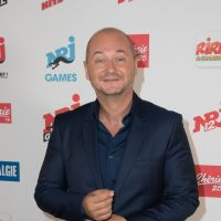 Cauet : après NRJ, l'animateur bientôt sur Virgin Radio ! 📻