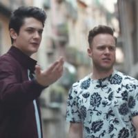 "Clip ""More Mess"" : Kungs, Olly Murs et Coely s'éclatent à Barcelone 🇪🇸"