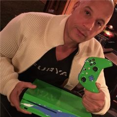 Fast and Furious : Vin Diesel dévoile une Xbox One S hommage à Paul Walker