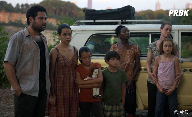 The Walking Dead : Morales et sa famille dans la saison 1