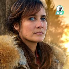 """Julie de Bona (Le Tueur du lac) : """"Je n'ai pas eu la sensation de remplacer Barbara Schulz"""""""