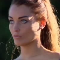 Aurélie Dotremont (Les Princes et les princesses de l'amour) se met à nu dans le pré-générique 🙈