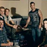 Robbie Williams réintègre son groupe originel ... Take that