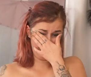 La robe de ma vie : une future mariée en larmes face à son père très froid.