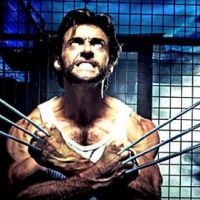 Hugh Jackman se moque de ... Taylor Lautner
