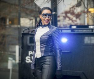 The Flash saison 4 : Iris en speedster badass sur les premières images