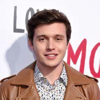 Nick Robinson (Love Simon) : son frère a fait son coming-out pendant le tournage du film
