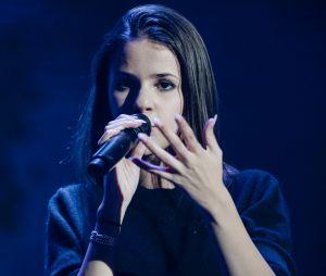 Marina Kaye au plus mal pendant son concert à Lille : la chanteuse quitte la scène et annule une date de sa tournée avant de s'excuser auprès de ses fans.