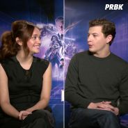 Ready Player One : Tye Sheridan et Olivia Cooke nous chantent Jurassic Park - interview