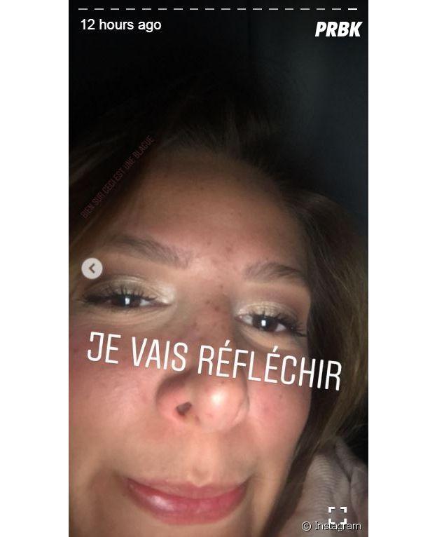 Emma CakeCup nue : la Youtubeuse montre ses fesses et fait un trait d'humour, Jacquie et Michel lui proposent de tourner pour eux !