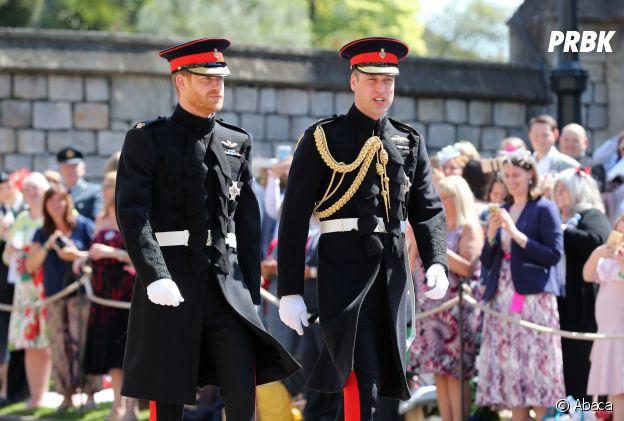 Mariage de Meghan Markle et du Prince Harry : le Prince Harry et son frère le Prince William arrivent à la chapelle.