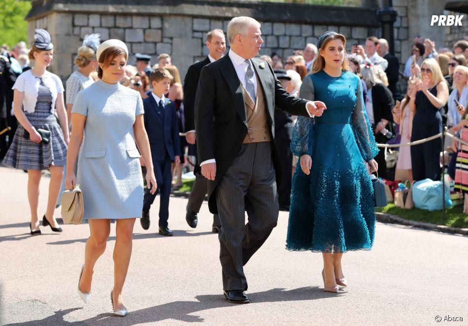 Princesse Eugenie et Princess Beatrice avec le duc d\u0027York au mariage de Meghan  Markle et du Prince Harry.
