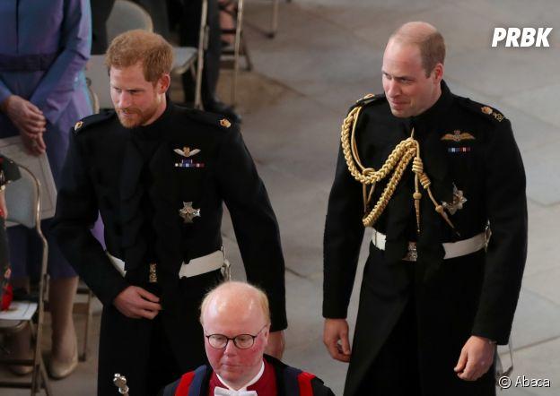 Mariage de Meghan Markle et du Prince Harry : le Prince Harry et son frère le Prince William dans la chapelle.