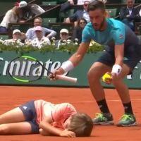 Roland-Garros 2018 : Damir Dzumhur et un ramasseur de balles se percutent, la vidéo choc 🎾