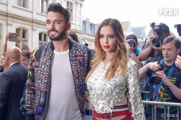 Nabilla Benattia et Thomas Vergara canons à la fashion week parisienne : les amoureux au front row du défilé Jean-Paul Gaultier automne-hiver 2018/2019.