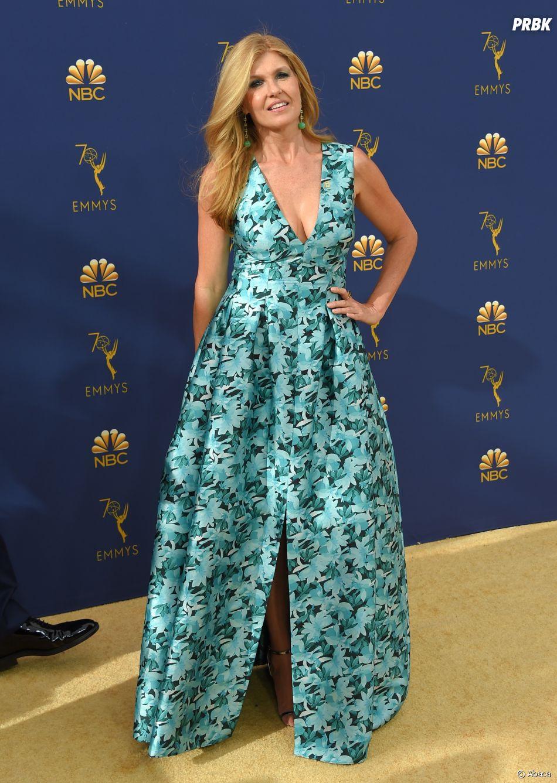 Connie Britton sur le tapis rouge des Emmy Awards 2018 le 17 septembre à Los Angeles