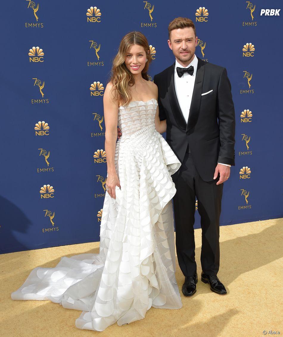 Jessica Biel et Justin Timberlake sur le tapis rouge des Emmy Awards 2018 le 17 septembre à Los Angeles
